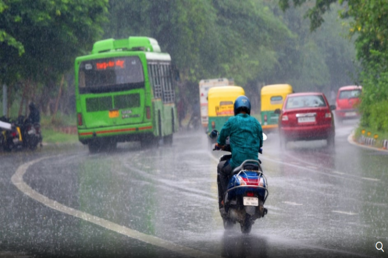 Delhi on Orange Alert; Heavy Rains to Continue for Next 2-3 Days | The Weather Channel