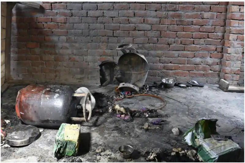 14 injured in LPGcylinder blast at South Delhi slum