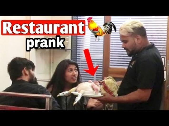 RESTAURANT WAITER PRANK | *GIVEAWAY* | Prank In India | Shubham Sharma