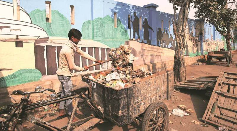 Plan to buy electrical sweeping machines to improve sanitation in South Delhi