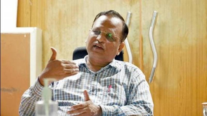 Power minister Satyender Jain inaugurates solar power station in South Delhi
