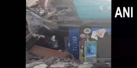 Building collapses in south Delhi